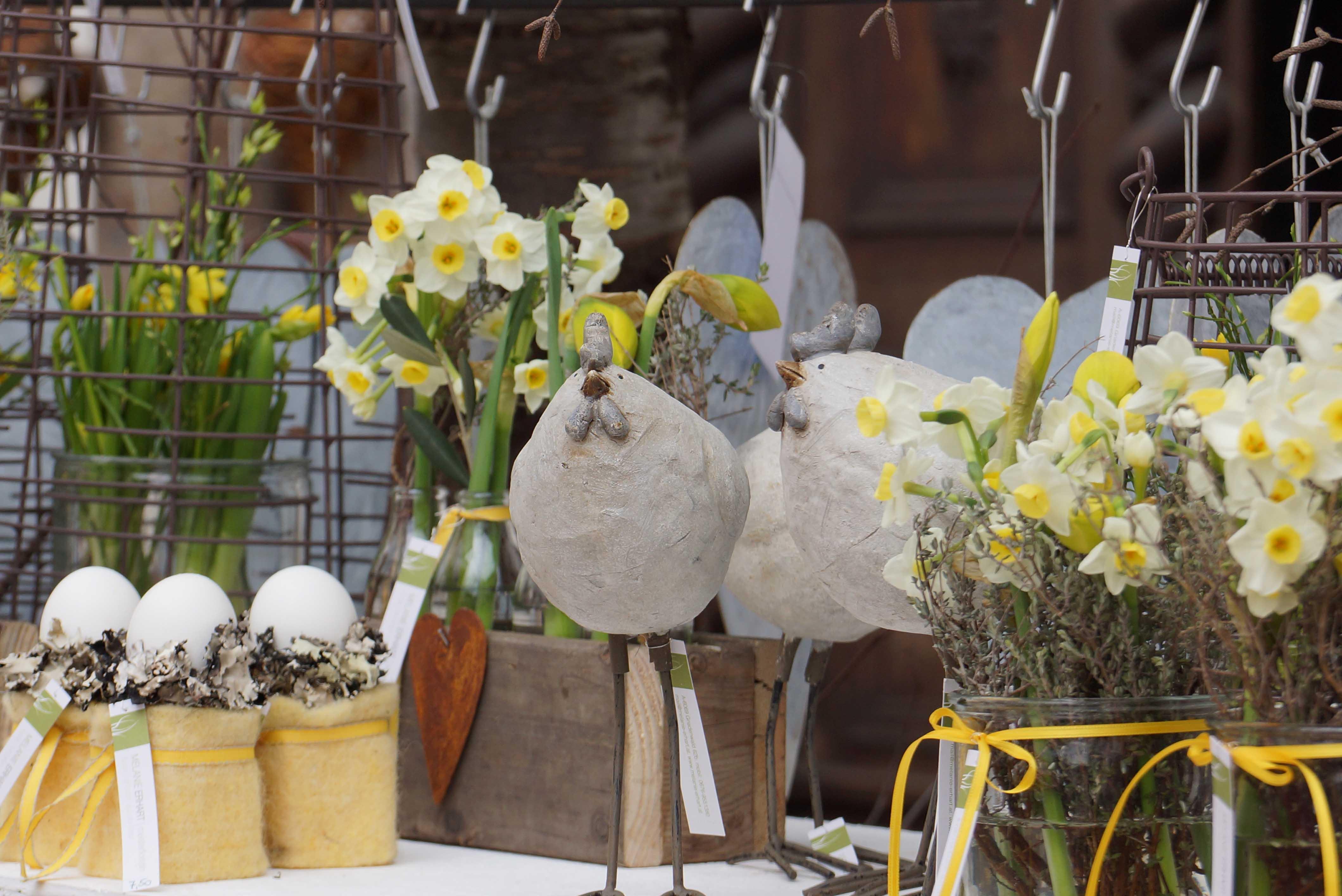 Ostern Ostermarkt Blumen Dekoration