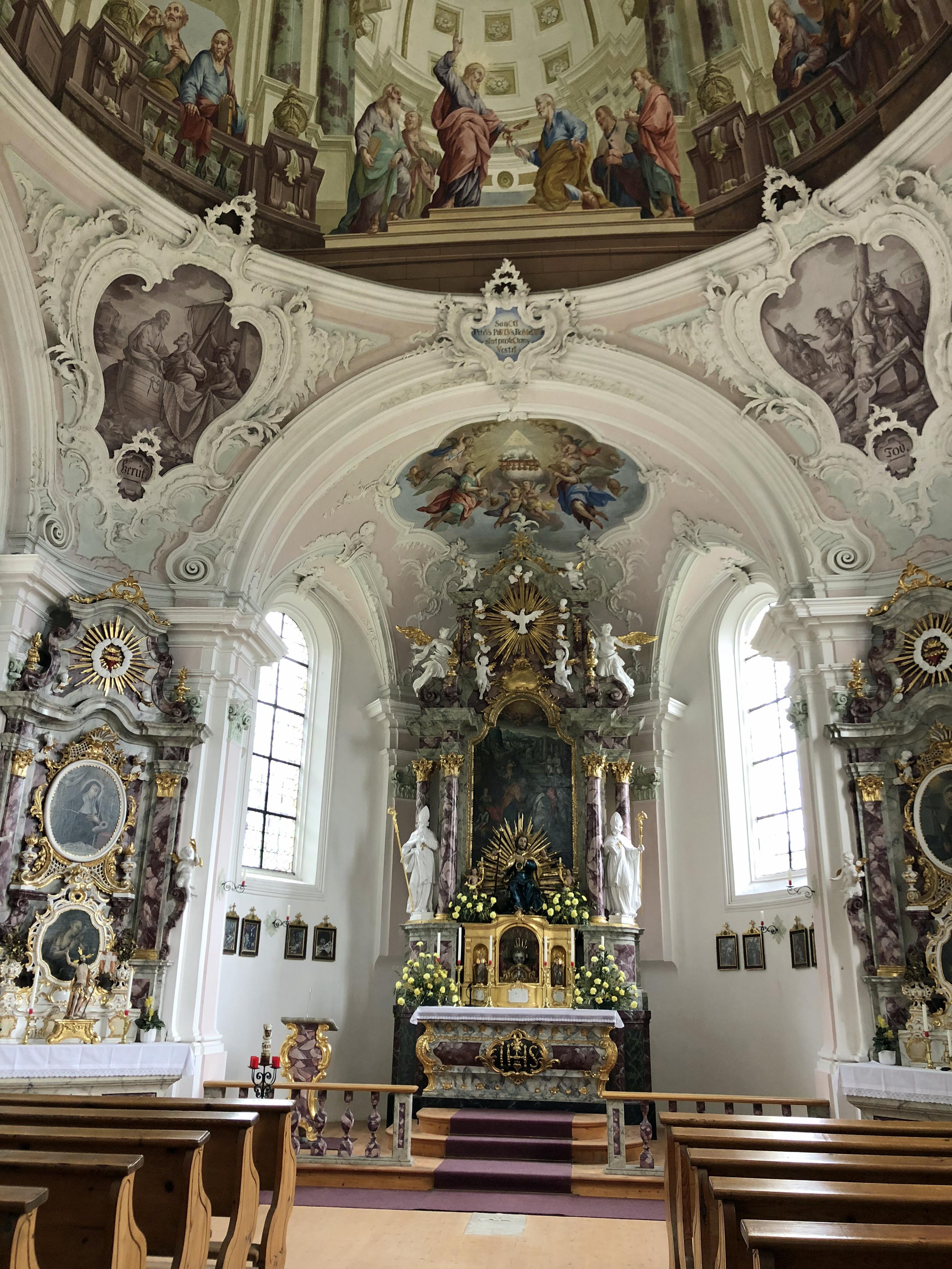 Prachtvolle Kapelle: Der beeindruckende Innenraum der Romedius-Kapelle